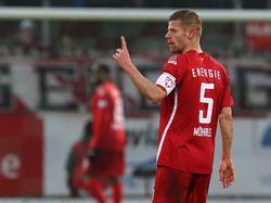 Uwe Möhrle bleibt beim FC Energie Cottbus