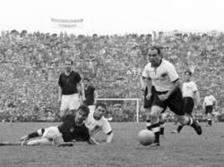Werner Kohlmeyer (r.) während des WM-Finales 1954