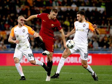 Edin Dzeko (m.) belohnte die Roma zu Beginn der zweiten Halbzeit