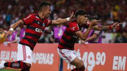 Lucas Paquetá (dcha.) celebra un gol con el Flamengo. (Foto: Getty)