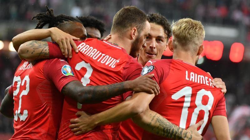Österreichs Spieler feiern den 6:0-Kantersieg gegen Lettland