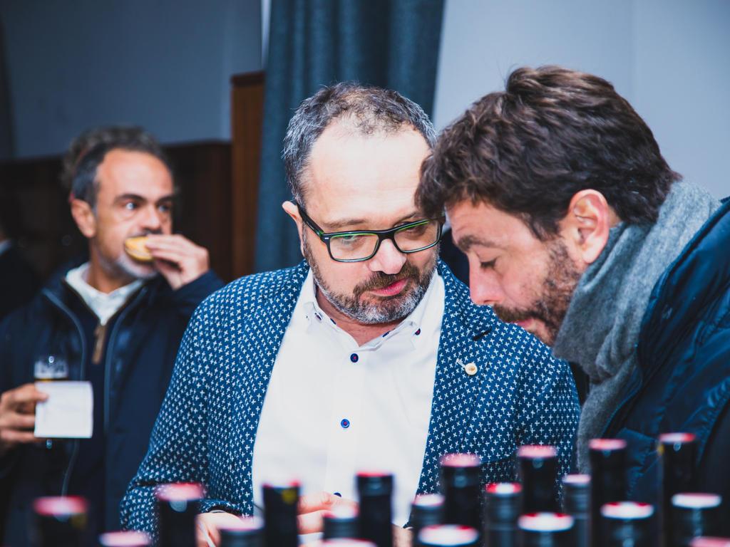 Raphael Landthaler beim Gustieren mit Juve-Boss Andrea Agnelli
