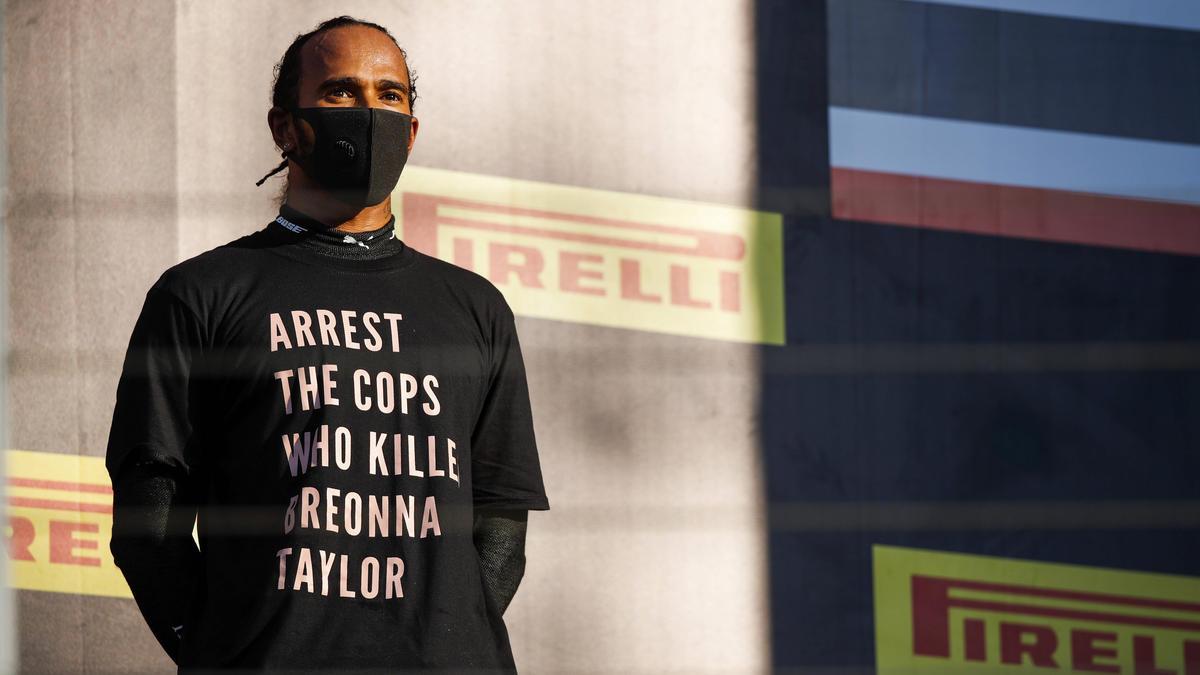 Sorgte in Mugello mit seinem T-Shirt für Gesprächsstoff: Sieger Lewis Hamilton