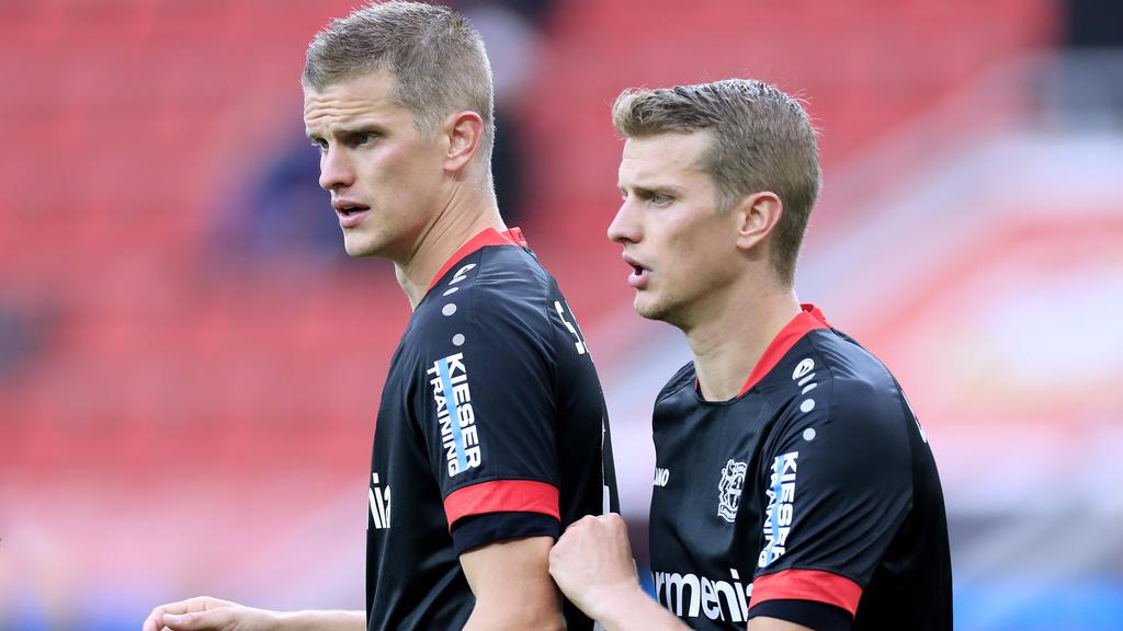 Beenden im Sommer ihre Karriere: Leverkusens Sven (l.) und Lars Bender