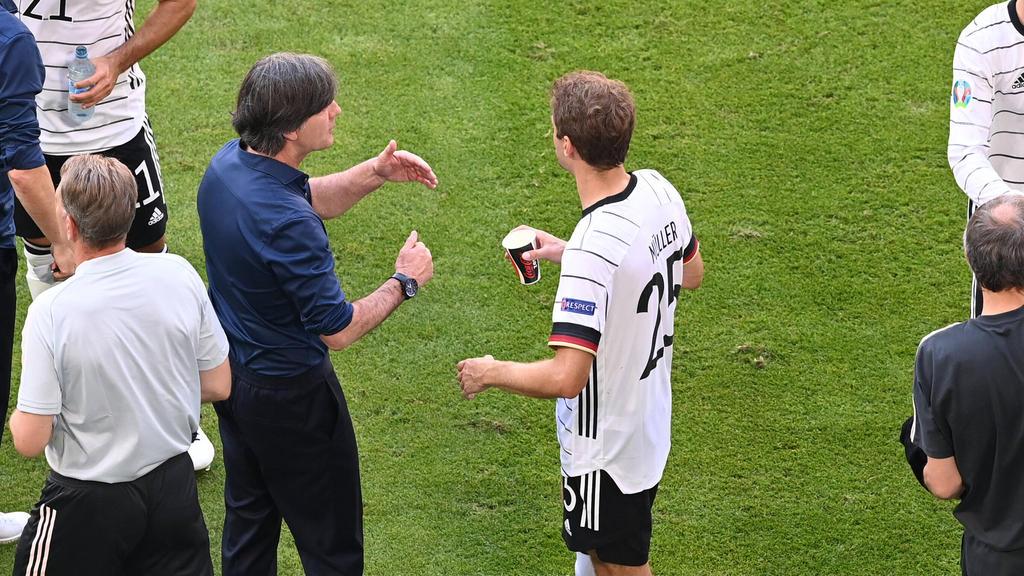 Joachim Löw muss vermutlich Thomas Müller ersetzen