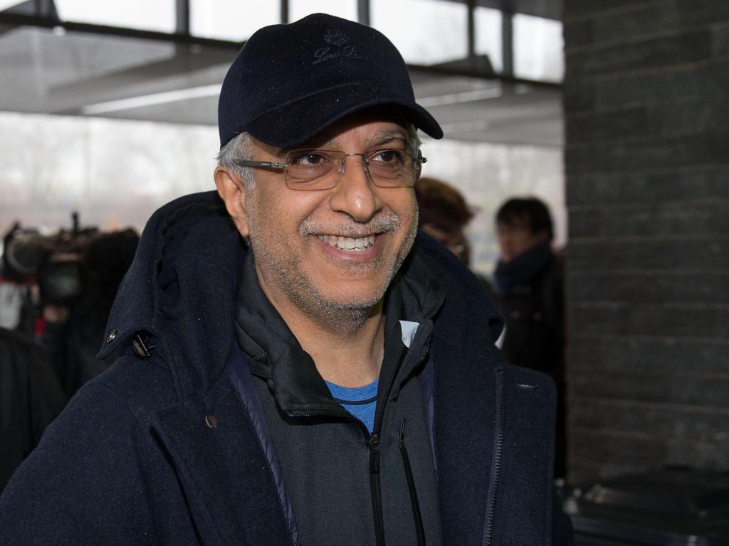 AFC-Präsident Salman bin Ebrahim Al Khalifa freut sich über den Deal