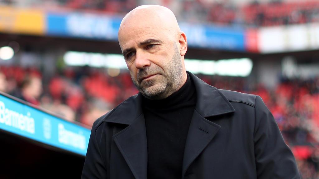 Leverkusens Trainer Peter Bosz erwartet ein kampfbetontes Spiel