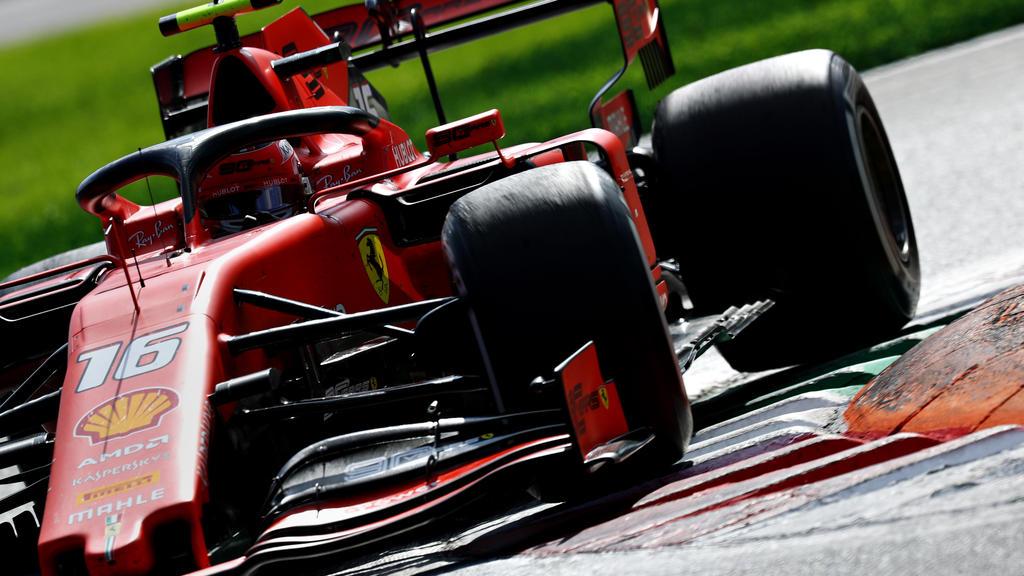 Charles Leclerc konnte Lewis Hamilton auf den harten Reifen hinter sich halten