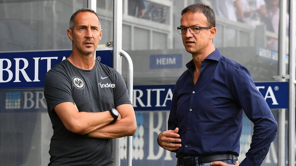 Adi Hütter (l.) und Fredi Bobic leiten die Geschicke bei Eintracht Frankfurt