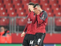 Mikael Ishak (r.) fehlt dem Club aufgrund eines Innenbandrisses