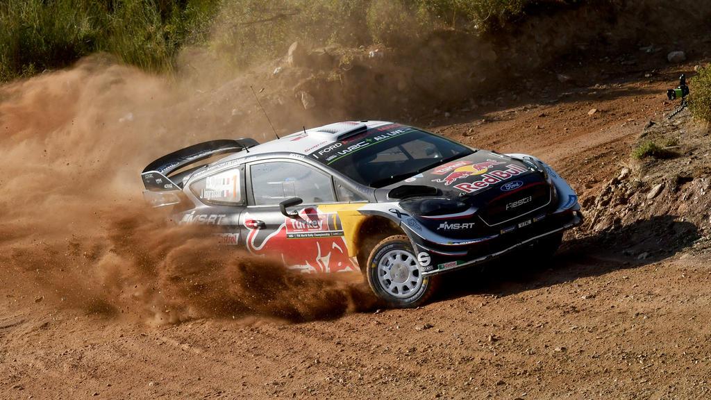 Thierry Neuville ist von zwei WRC-Titelrivalen 2018 für Sebastien Ogier