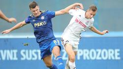 Lovro Zvonarek (r.) hat beim FC Bayern unterschrieben