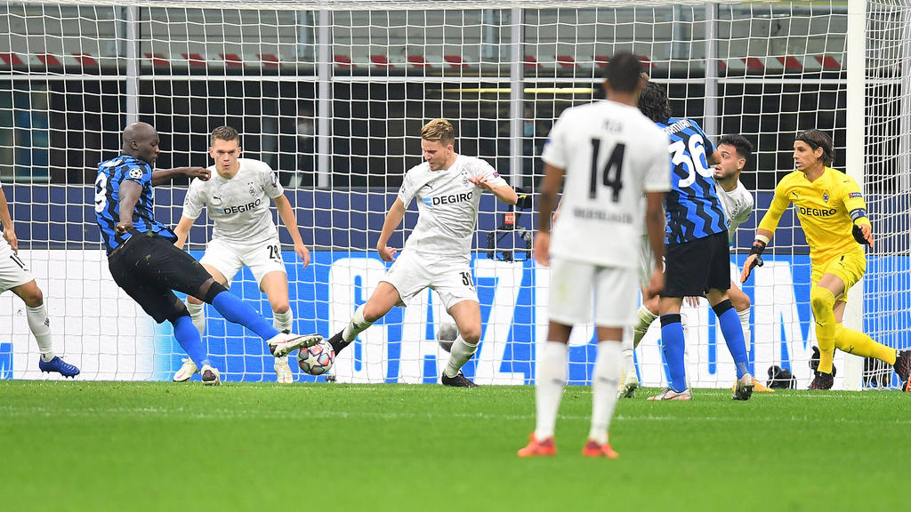 Romelu Lukaku (l.) traf doppelt für Inter