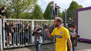 Der VfL Osnabrück um Marc Heider (M.) kann auf die Unterstützung der Fans setzen