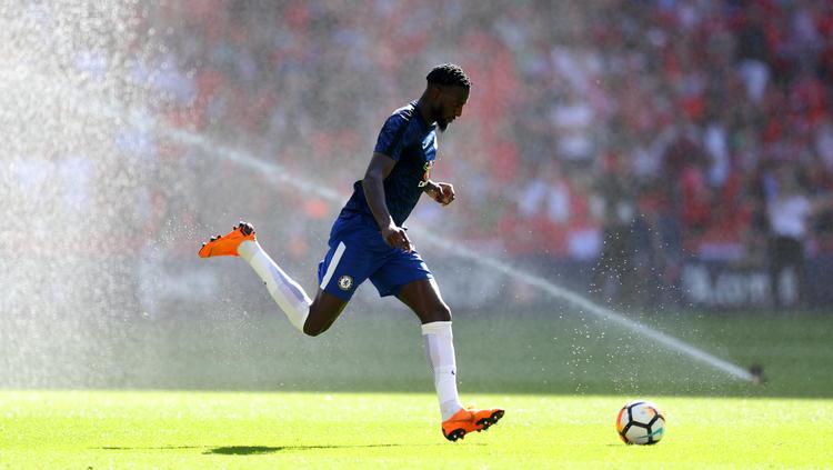 Tauscht das Chelsea- gegen das Milan-Trikot: Tiémoué Bakayoko