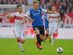 Arminia Bielefeld verpflichtet Leandro Putaro (r.) fest
