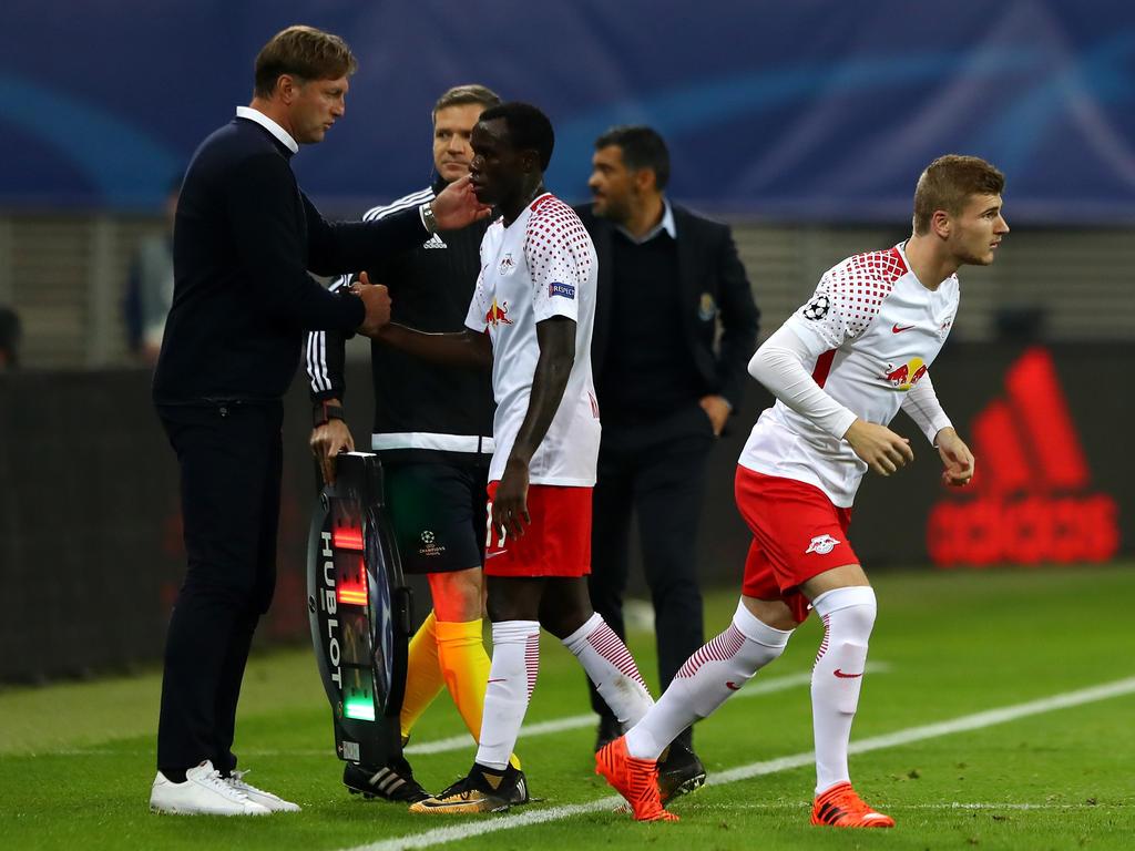 Bruma (Mitte) droht gegen den FC Bayern auszufallen