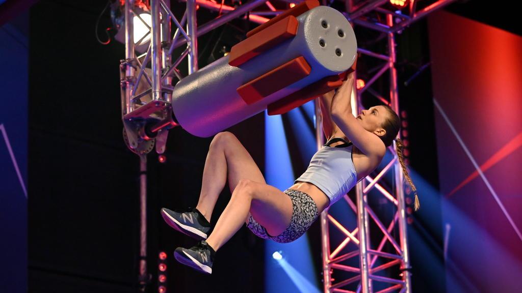 Stefanie Noppinger sicherte sich bei Ninja Warrior Germany locker den Finaleinzug