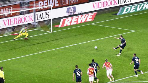 Max Kruse scheitert gegen Timo Horn vom Punkt