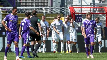 Der VfL Osnabrück steigt in die 3. Liga ab, der FC Ingolstadt rückt in die 2. Bundesliga auf