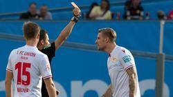 Union-Stürmer Sebastian Polter (r.) sah in Leverkusen die Rote Karte