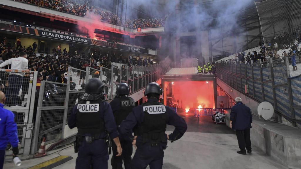 Schwere Ausschreitungen während des Europa-League-Spiels zwischen Marseille und Galatasaray