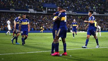 Boca disfrutó de la goleada ante su afición.