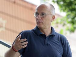 SKN-Sportchef Georg Zellhofer freut sich über zwei Neuzugänge