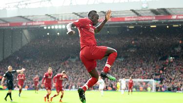 Mané celebrando uno de sus goles contra el Burnley. (Foto: Getty)