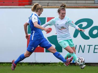 Julia Kofler (rechts) im Bundesliga-Spiel in Meppen