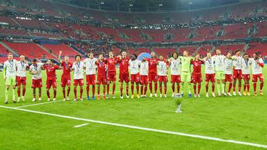 Die Stars des FC Bayern ließen sich von ihren Anhängern feiern