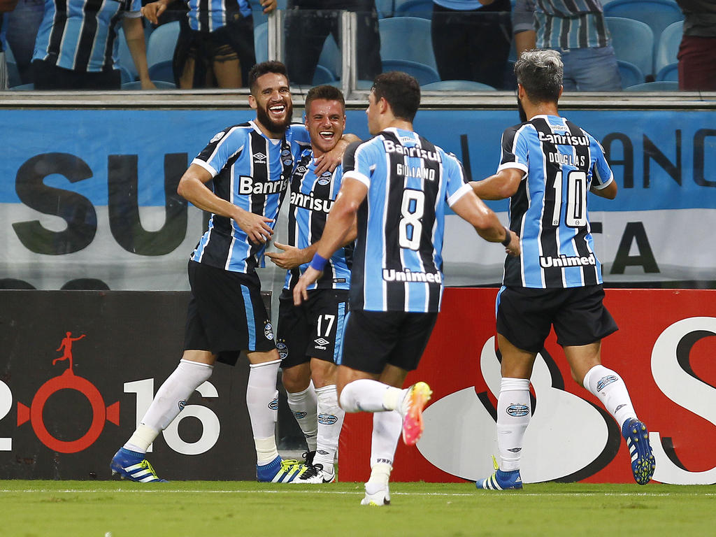 Los brasileños suman sus tres primeros puntos en la Libertadores. (Foto: Getty)