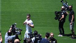 Luka Jovic bei seiner Vorstellung in Madrid