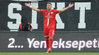 Podolski und Antalyaspor holten den nächsten Dreier