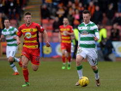 Celtic müht sich bei Partick Thistle