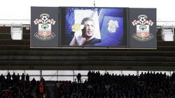 Vor dem Spiel in Southampton gab es eine Schweigeminute für Emiliano Sala
