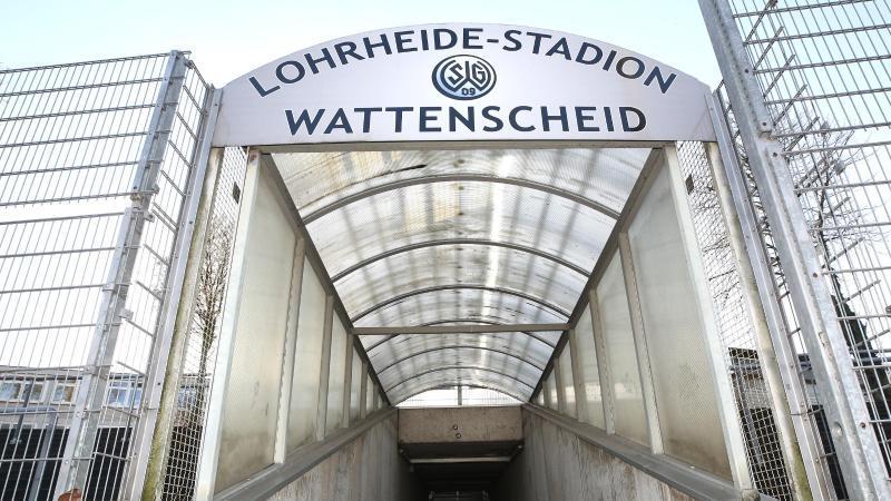 Im Lohrheide-Stadion in Wattenscheid findet kein Viertliga-Fußball mehr statt