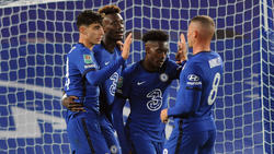 Callum Hudson-Odoi (2.v.r.) vom FC Chelsea soll Thema beim BVB sein