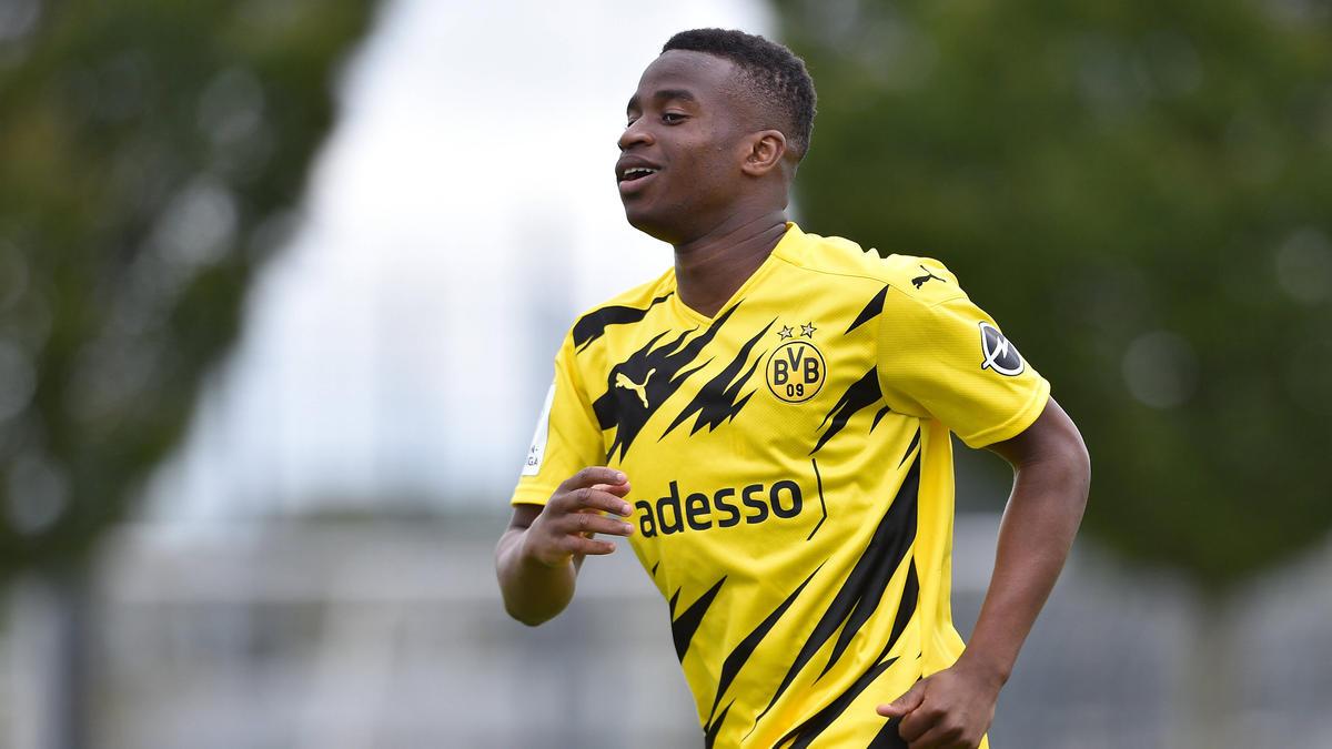 Youssoufa Moukoko traf dreimal für den BVB
