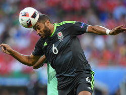 Ashley Williams con la camiseta de Gales. (Foto: Getty)