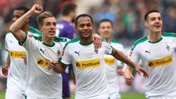 Die Profis von Borussia Mönchengladbach bejubeln den Sieg über Hannover