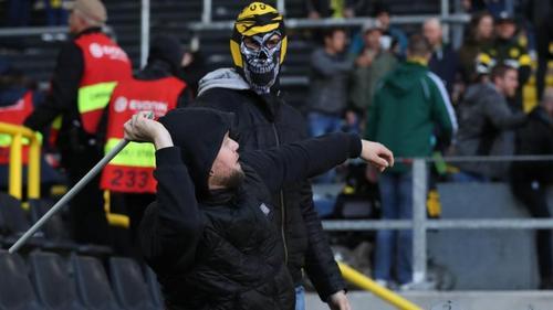 BVB-Anhänger randalierten im Derby gegen den FC Schalke 04
