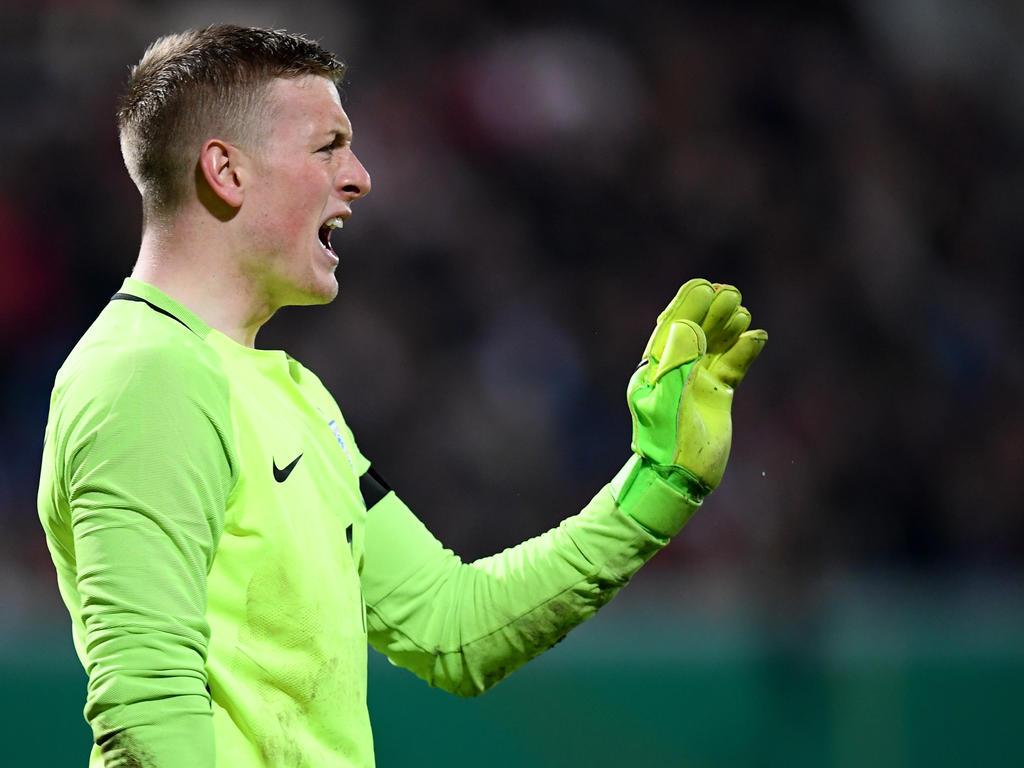Jordan Pickford rettet England einen Punkt