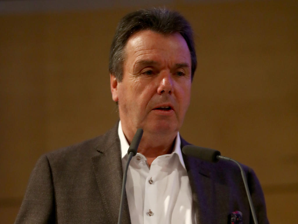 Heribert Bruchhagen äußerte sich zum geplatzten Stafylidis-Deal