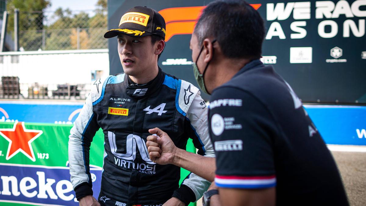Guanyu Zhou könnte schon bald Stammfahrer in der Formel 1 sein