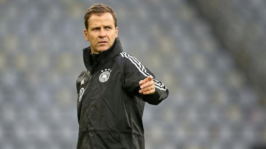 Bierhoff zählt das DFB-Team nicht zu den EM-Favoriten