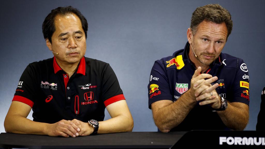 Christian Horner (re.) ist mit der Entwicklung bei Honda sehr zufrieden