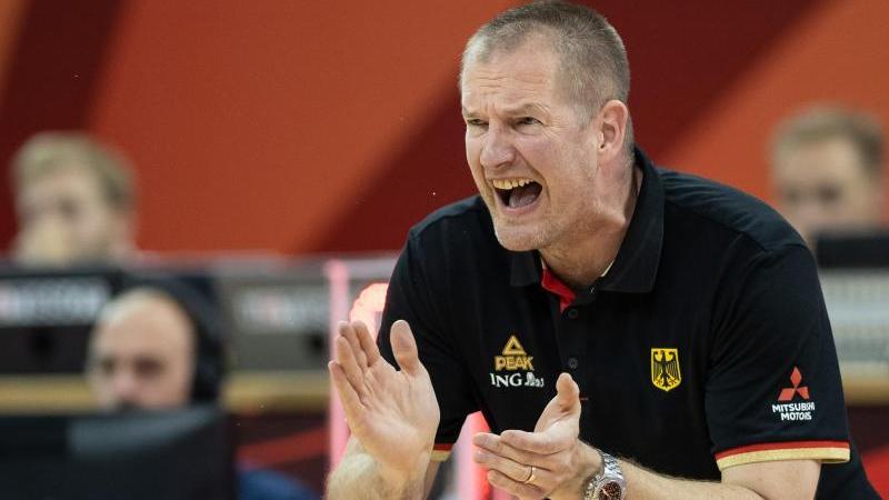 Bundestrainer Henrik Rödl muss mit seinem Team zum Turnier nach Montenegro reisen