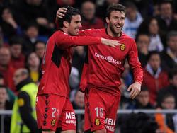 Alfaro (l.) freut sich über seinen Treffer zum 1:2