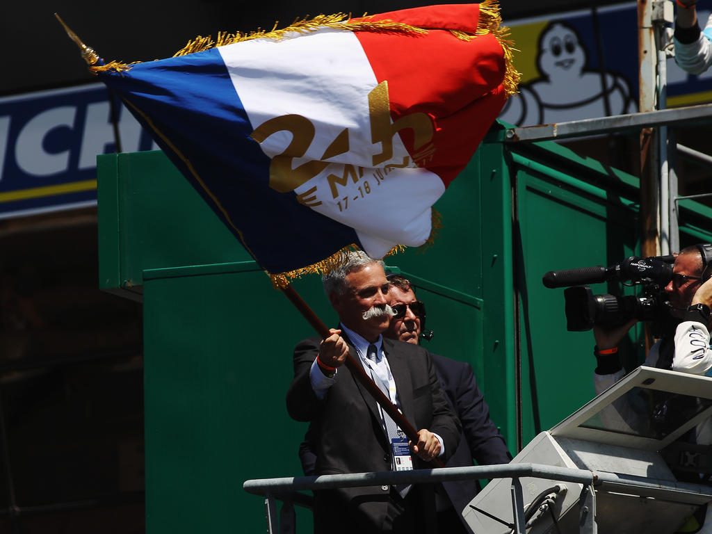 Kooperativ: Formel-1-Boss Carey schwenkte dieses Jahr die Startflagge in Frankreich